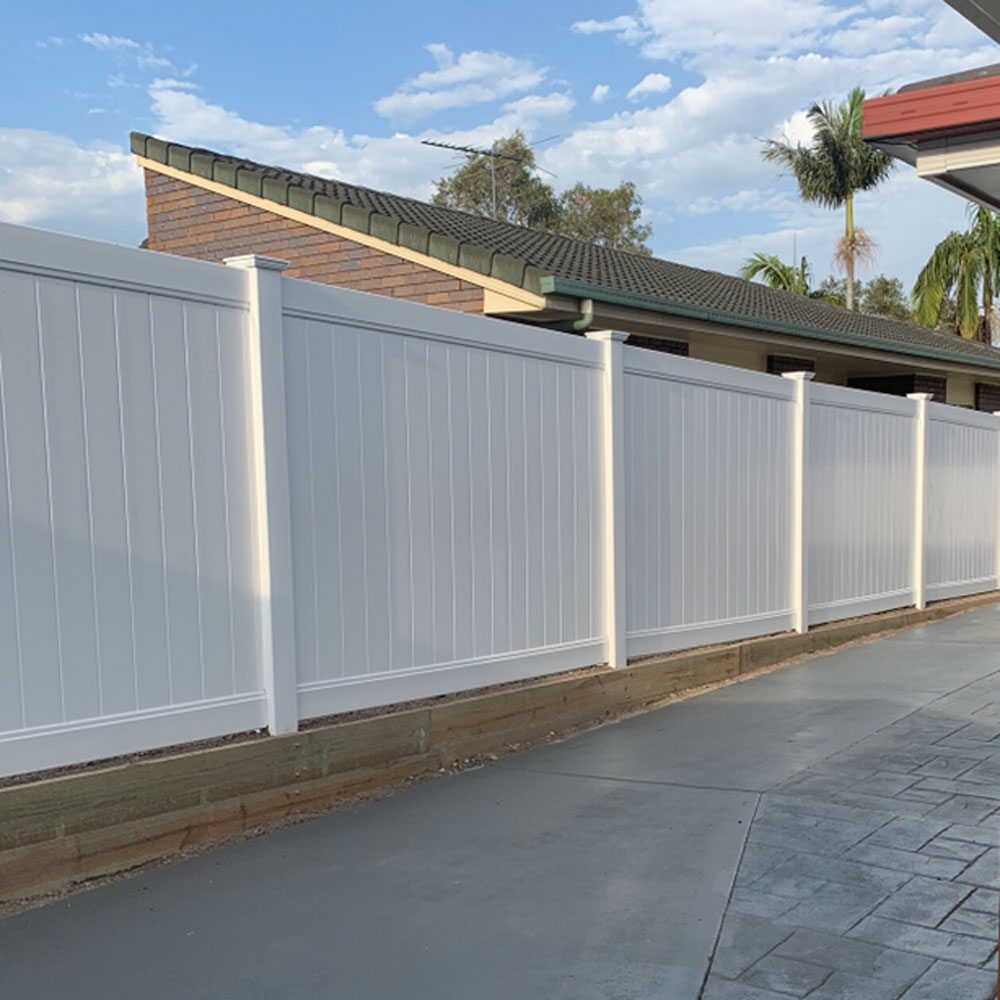 Fencing contractors on the Gold Coast.