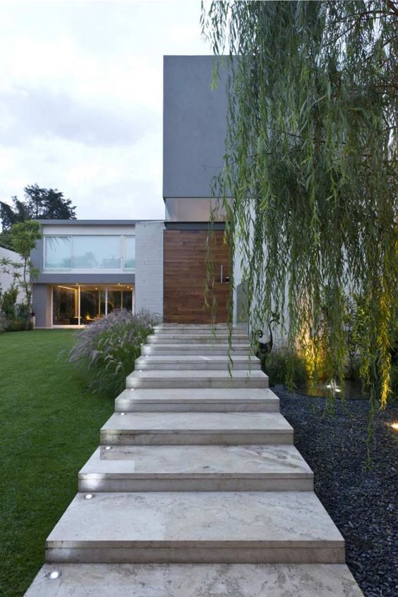 Hardscapes and structural landscaping construction on the Gold Coast.