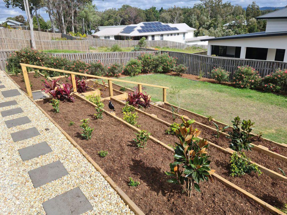 raised garden bed sloping, uneven ground | garden ideas